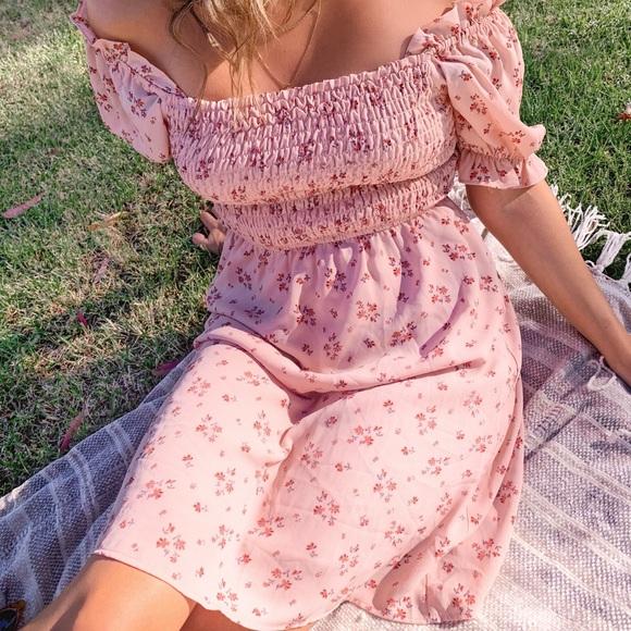 Dresses & Skirts - Floral babydoll dress
